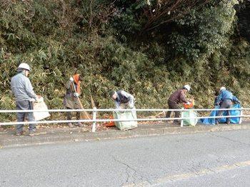 歩道の清掃2.JPG