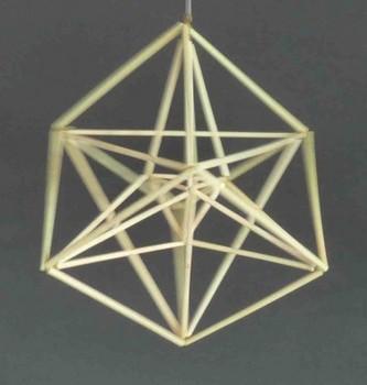 4角星プラス正6面体の外側に筋違いが入る.jpg